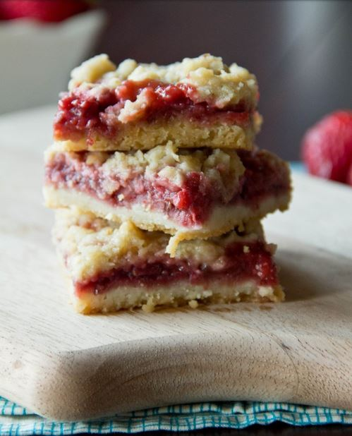 Strawberry-bars-5-682x1024